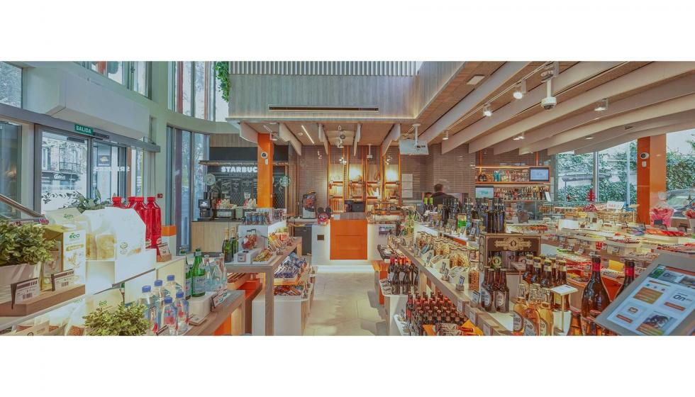 La tienda Repsol On de Madrid, reconocida internacionalmente por su ...