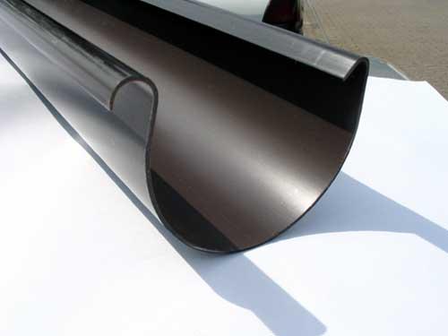 Extrusi n de canalones para tejados a 25 m min pl stico for Plastico para tejados