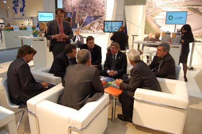 Barcelona economic triangle se promueve en exporeal for Oficina hacienda barcelona
