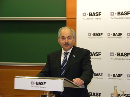 BASF comes closer of the crisis - Plastics