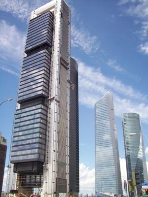 La torre caja madrid recibe sus primeros inquilinos oficinas y centros de negocios - Oficina virtual de caja espana ...