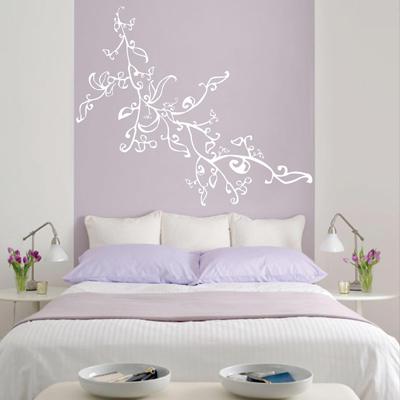 Enganchados al vinilo industria gr fica for Decoracion de dormitorios con vinilos decorativos