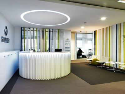 Ofita amuebla las oficinas de sanofi en madrid oficinas for Oficinas de dhl en madrid