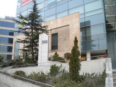 Axis property asesora a tp visi n en el arrendamiento de for Oficinas de allianz en madrid