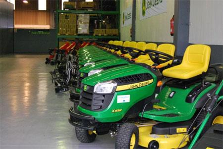 John deere suministra el equipamiento para el - Espacios verdes malaga ...