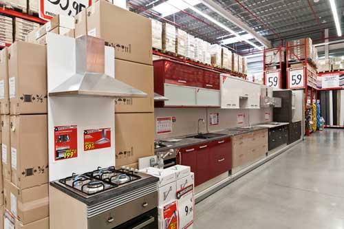 Brico dep t inaugura en majadahonda su mayor tienda en for Brico depot cocinas 2014