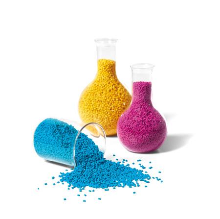 Colorantes y aditivos: aliados invisibles - Plástico