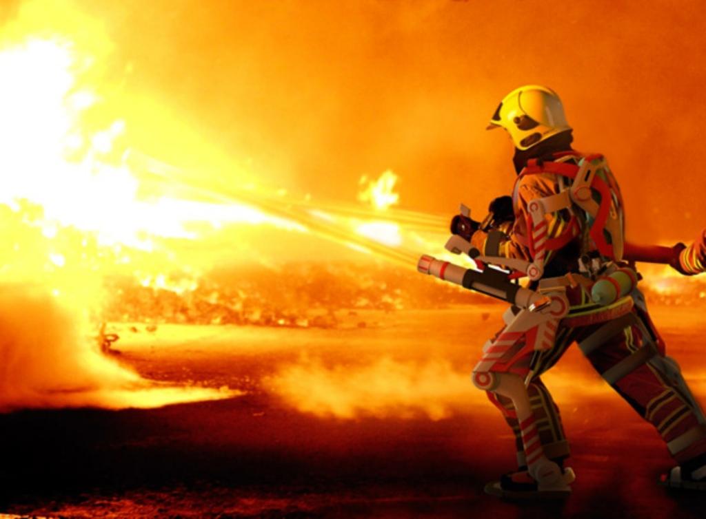 Exoesqueletos: la edad del \'hombre de hierro\' - Protección Laboral