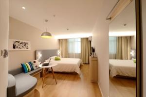 ernest-cañada-hotel