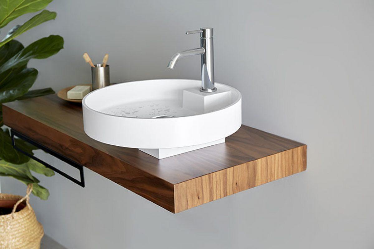 Clausell Studio diseña el lavabo Ture para Sanycces. La fusión de formas geométricas opuestas