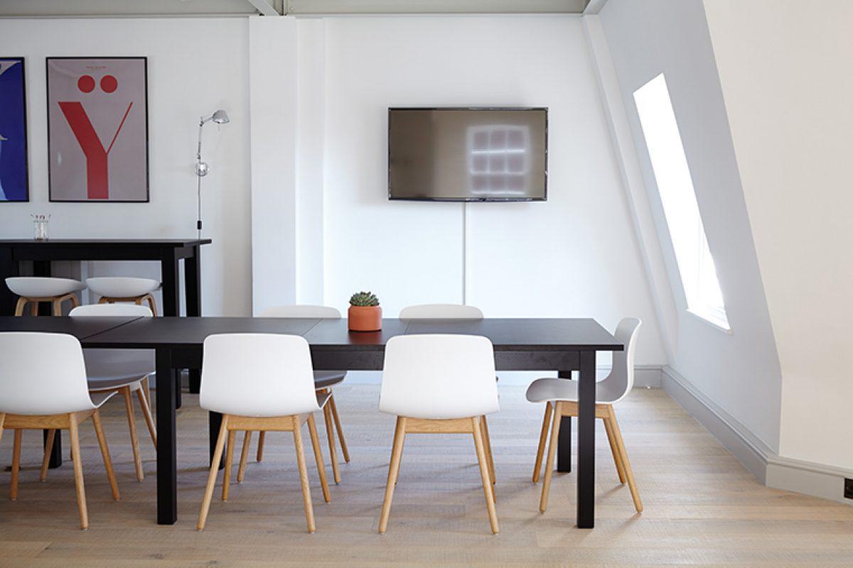 ¿Cómo comprar los muebles de oficina adecuados para un entorno de trabajo?