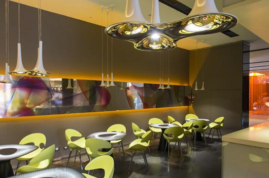 Karim Rashid Redise A El Bar Del Hotel Nhow Mil N Con