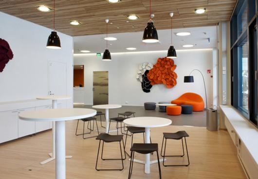 Las nuevas oficinas de microsoft en finlandia eligen a for Oficinas de american express