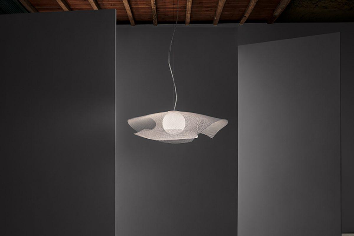 Arturo Alvarez presenta Mytilus, lámparas que combinan nostalgia y sosiego
