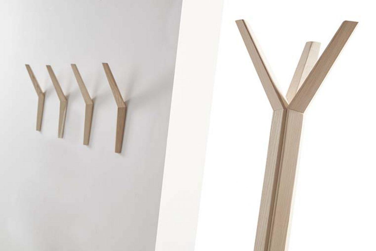 Geometría y madera protagonizan el sistema de percheros Hang, ideado por Dsignio para Beltá
