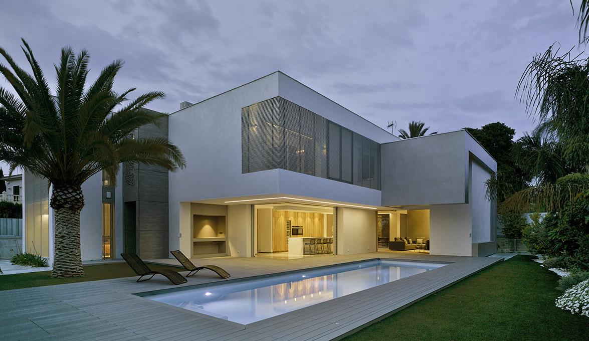 Villa z v de tom s amat estudio de arquitectura equilibrio minimalista y contempor neo en alicante - Estudios arquitectura alicante ...