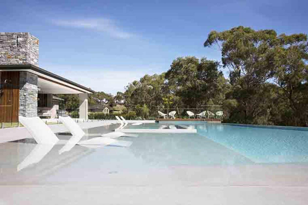 Una piscina revestida con una mezcla personalizada de mosaico Hisbalit consigue 2 oros en los NSW&ACT SPASA AWARDS 2019