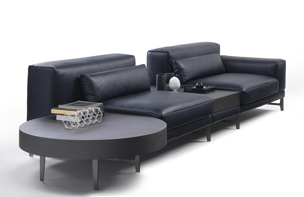 Ido sofa and furniture system by mauro lipparini for natuzzi for Sofa natuzzi