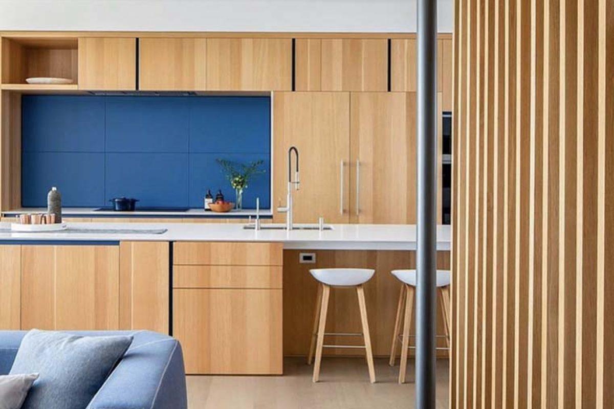 Milesi en la vivienda pasiva diseñada por Battersby Howat en Vancouver