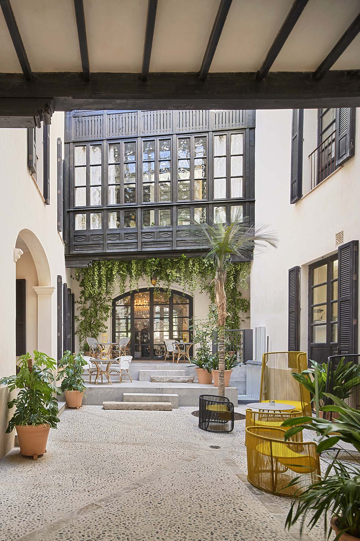 A SMALL OASIS IN THE HEART OF PALMA DE MALLORCA INSPIRED BY