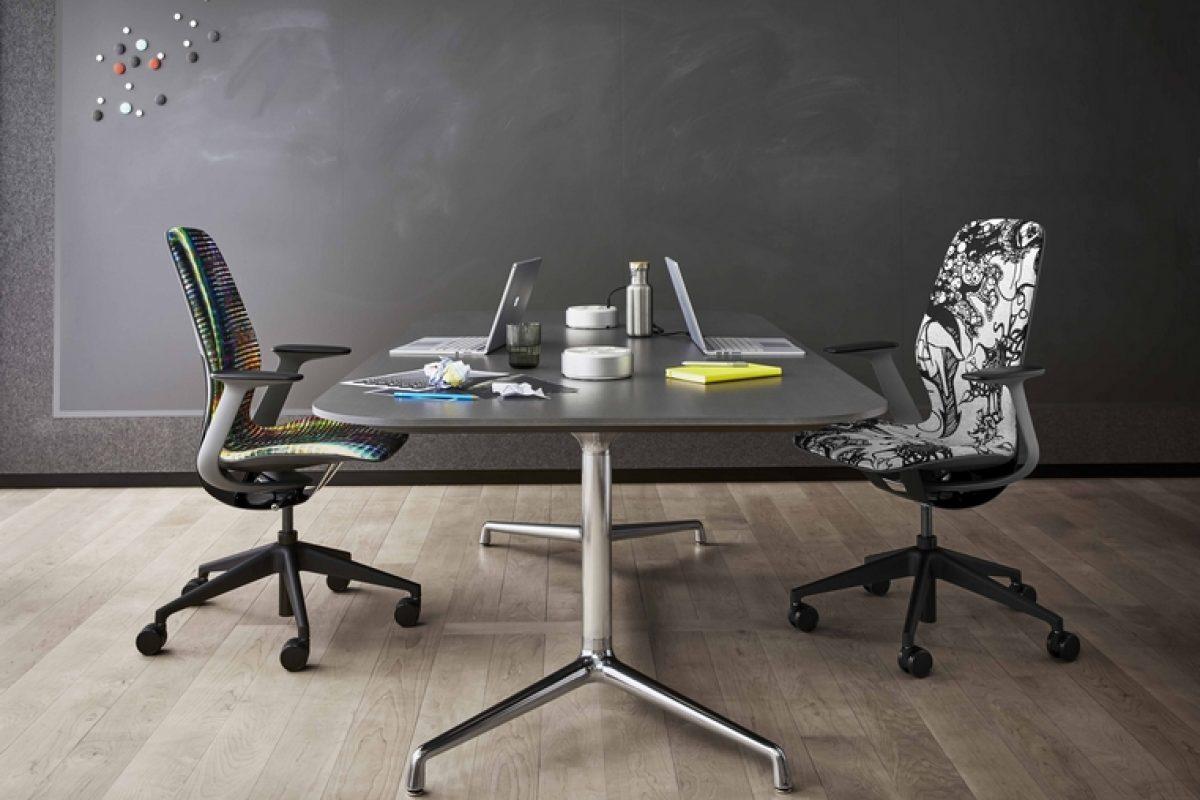 Steelcase ofrece a los trabajadores una experiencia personalizada y única con su nueva silla SILQ que revoluciona la comodidad en el trabajo