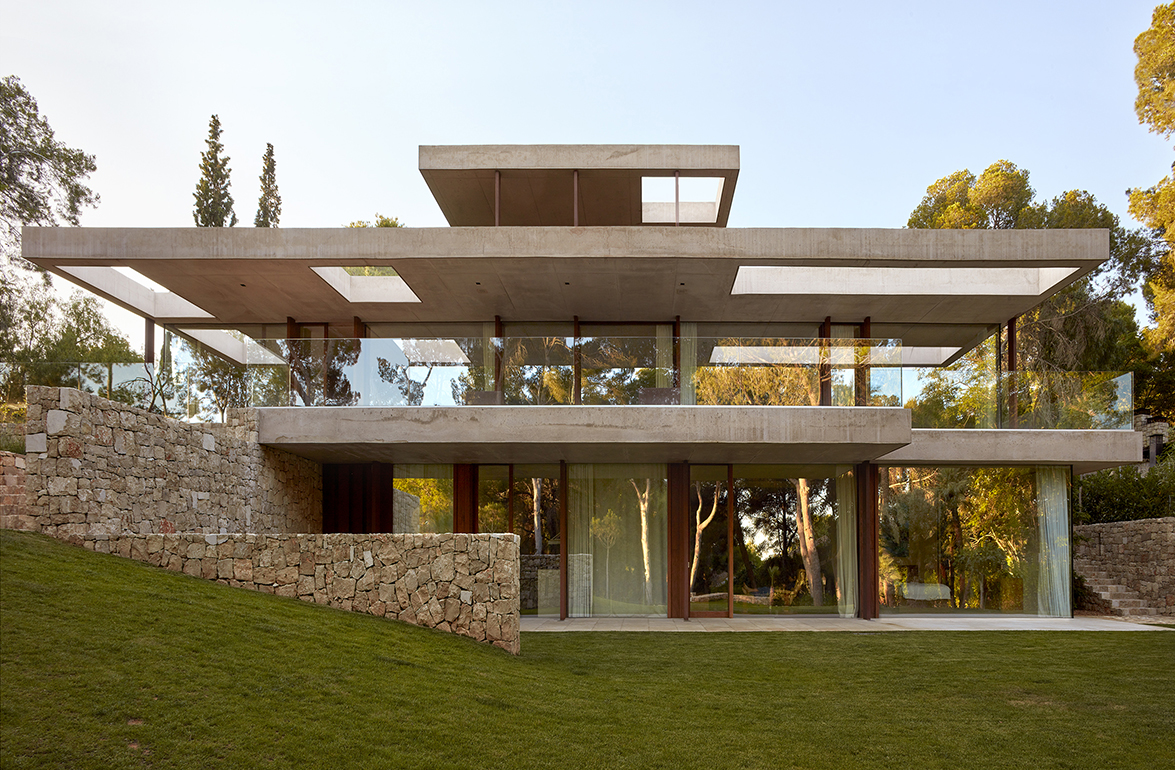 Home in the Pine Forest designed by Ramón Esteve. The Mediterranean ...