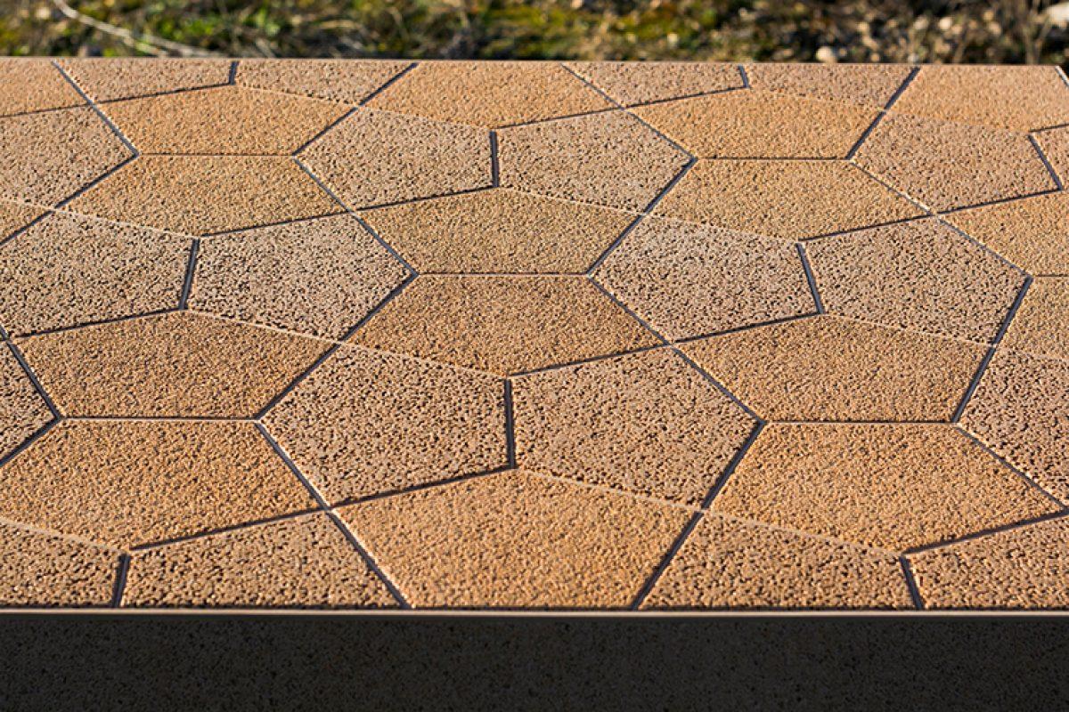 Nuevos usos para el hueso de aceituna, superficies para fabricar mobiliario, encimeras para cocina o para el lavabo