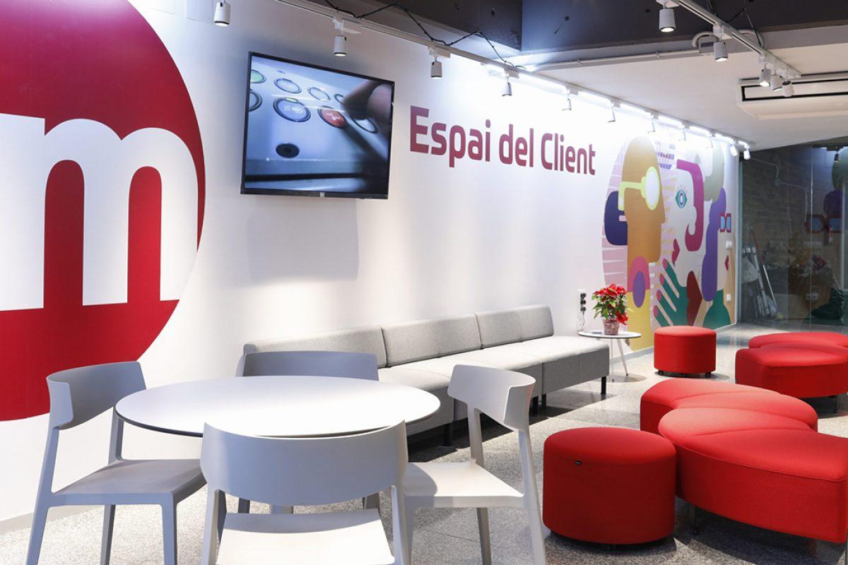 """Actiu viste el primer Espai del Client de Metrovalencia en Colón. Un espacio con la filosofía """"CoolWorking"""""""