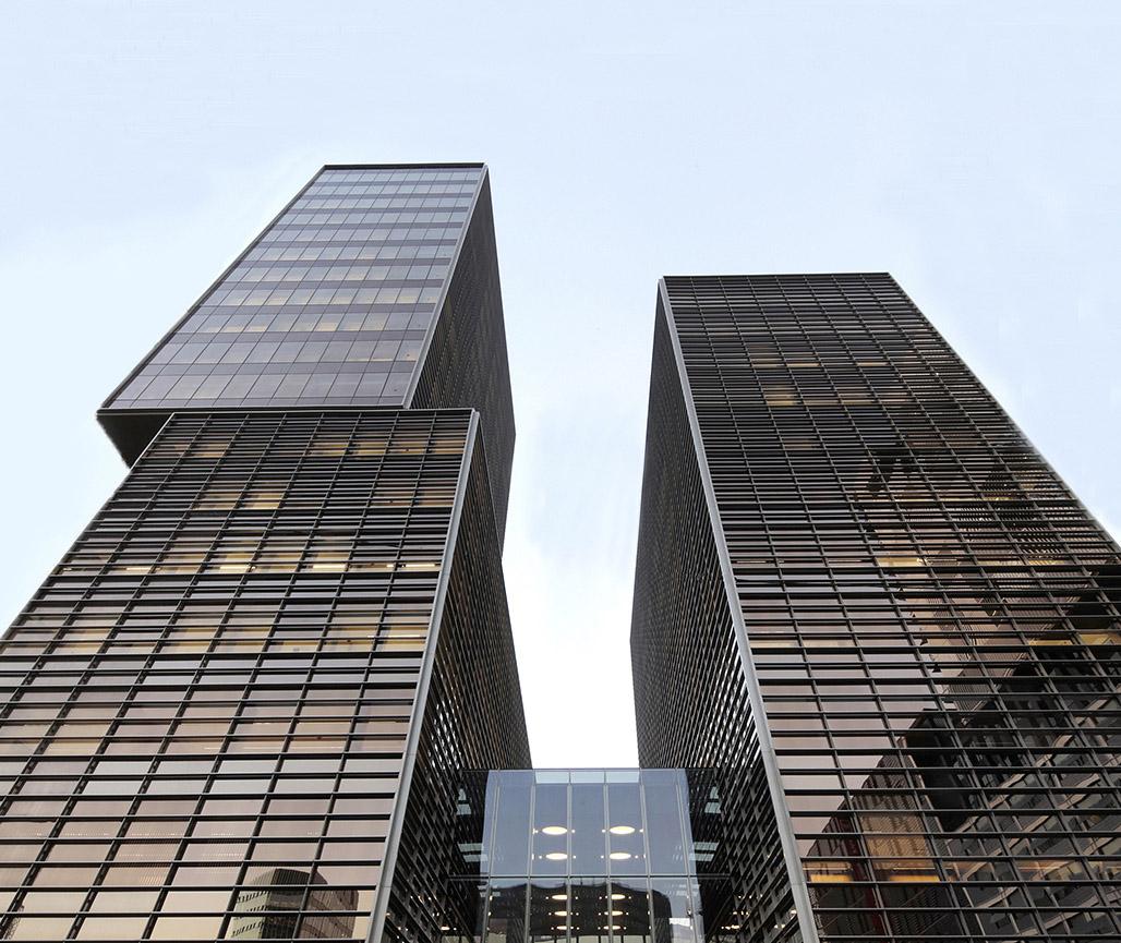 Gca architects dise a la torre cuatrecasas de barcelona for Arquitectura minimalista edificios