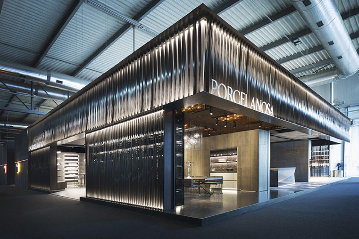 Innovación, exclusividad y diseño caracterizan las nuevas cocinas de Porcelanosa presentadas en el Salone Del Mobile.Milano