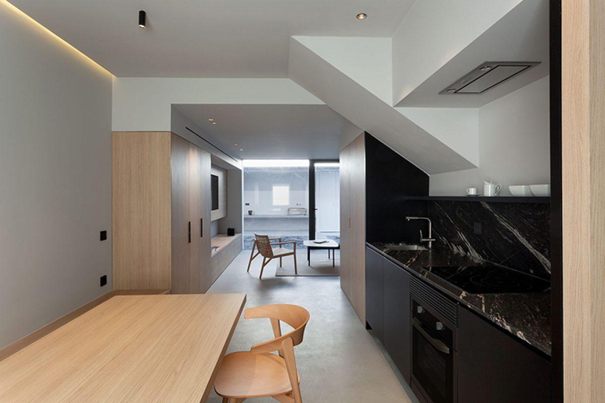 Casa PA de Olmos Estudio. Racionalizar el espacio en una vivienda entre medianeras