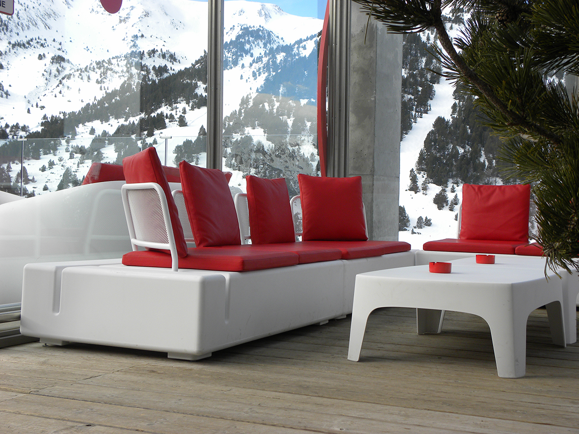 Vondom Furnished Riba Escorxada The Chill Out Meeting Point For Aprs Ski In El Tarter Andorra