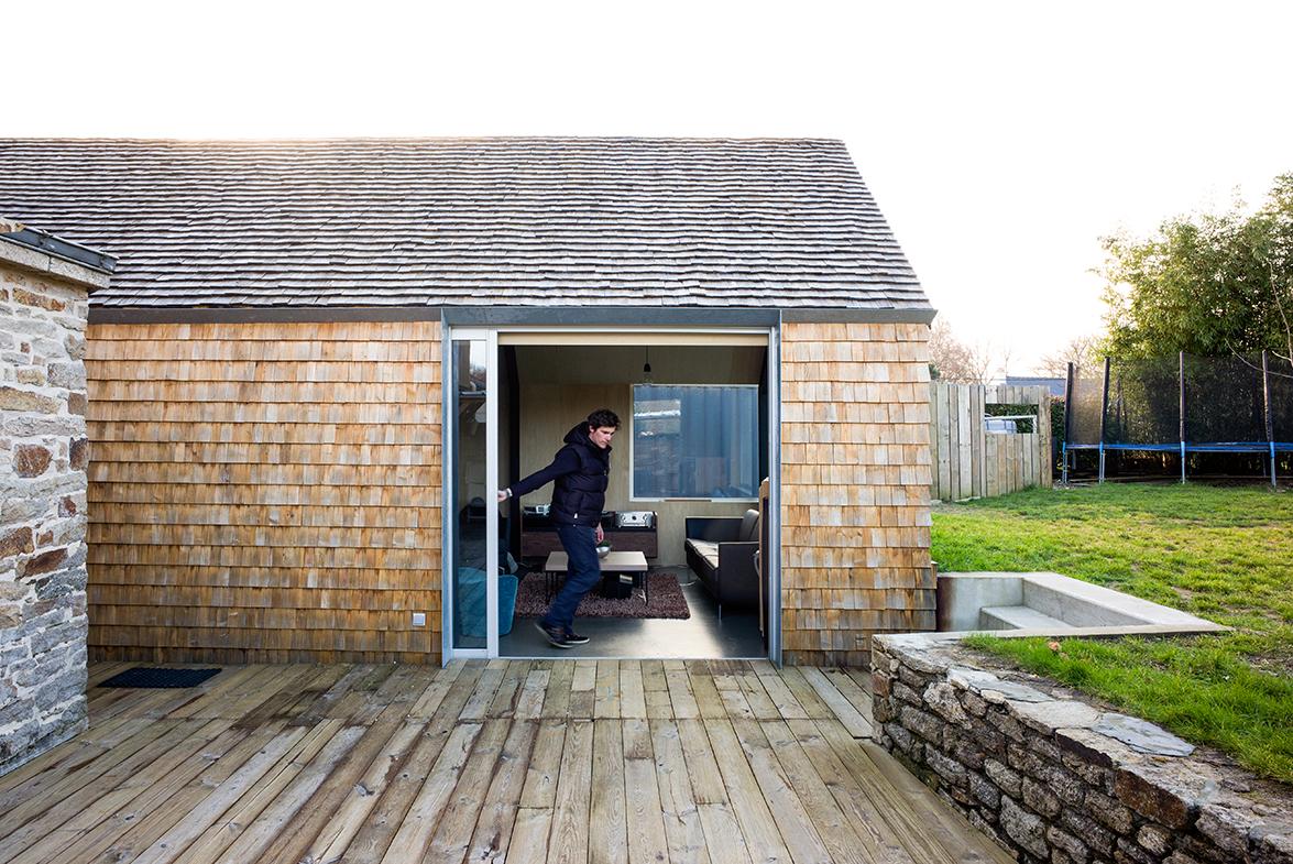 construcci n sostenible en la breta a por tristan brisard architecte con calefacci n con una. Black Bedroom Furniture Sets. Home Design Ideas