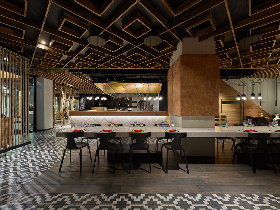 Ippolito Fleitz Group Carried Out A Radical Interior Design Change For The Maredo Steak Restaurant In Berlin News Infurma Online Magazine Of The International Habitat Portal Design Contract Interior Design Furniture