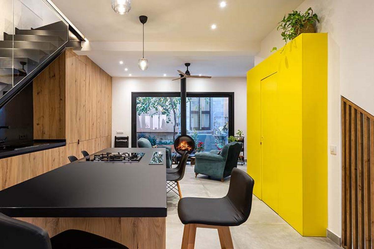 U+G Arquitectura lleva a cabo la reforma integral de un dúplex de estilo industrial. Una casa de sorpresas