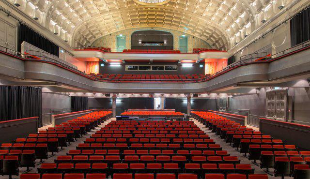 Figueras_Theatre_Alhambra_Geneve_1