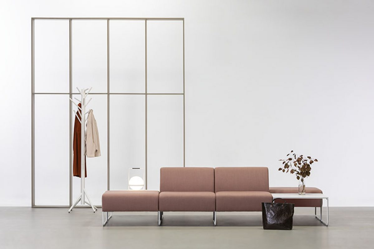 Dula, el versátil sistema modular de asientos diseñado por Yago Sarri para Vergés