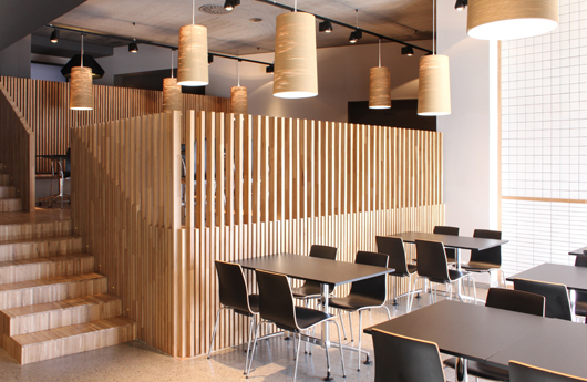 El estudio de arquitectura pauzarq dise a el restaurante - Diseno de interiores bilbao ...