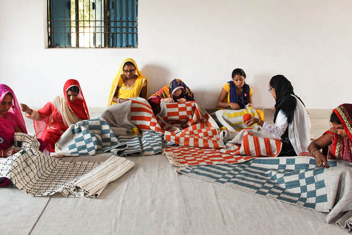 GAN Women's Unit, una hermosa y fructífera colaboración con un grupo de mujeres artesanas en la India rural
