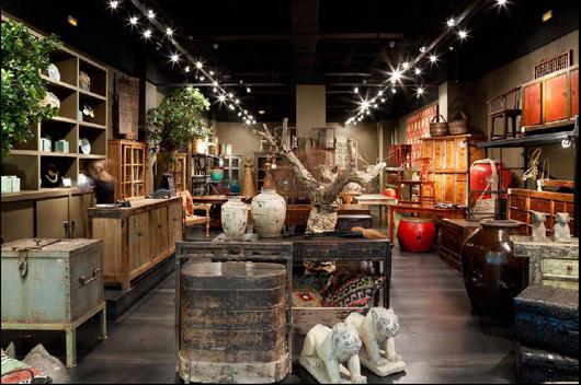 Primera tienda de antig edades becara en c c zielo de - Anticuarios madrid muebles ...