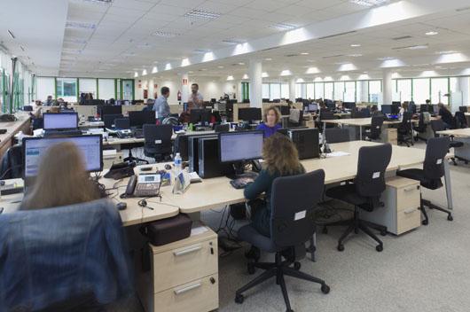 Barcel viajes remodela su red de oficinas y sedes for Oficina barcelo viajes