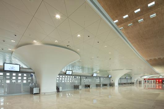 ® equipa la terminal 2F del aeropuerto Charles de Gaulle en París