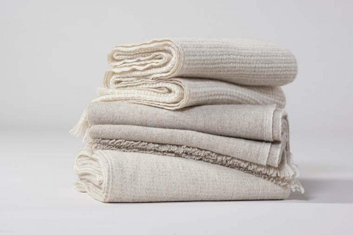 El cashmere sostenible protagoniza las  novedades para el hogar de Teixidors