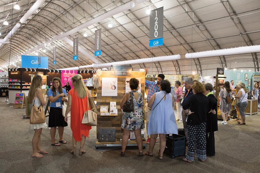 Las Vegas Market Sets Summer Attendance Record News Infurma Online Magazine Of The