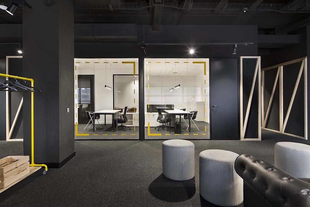 Denys & von Arend se inspira en el backstage para diseñar las oficinas de Plano a Plano