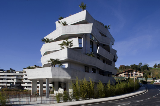 Lekuona arkitektura proyecta para designhouses un edificio - Arquitectura pais vasco ...