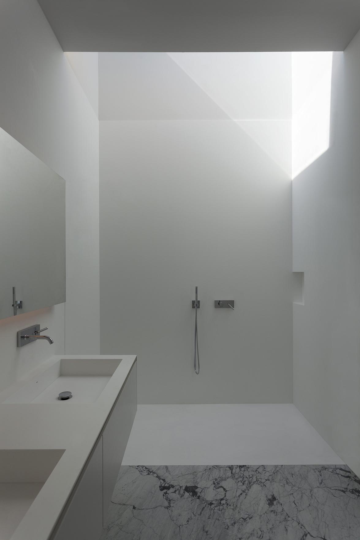 FRAN SILVESTRE ARQUITECTOS - ALUMINUM HOUSE - 013