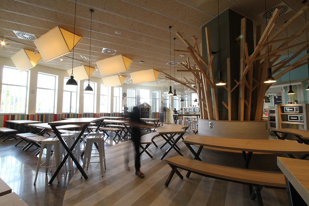 ouieah_dins_campus_restaurant_10