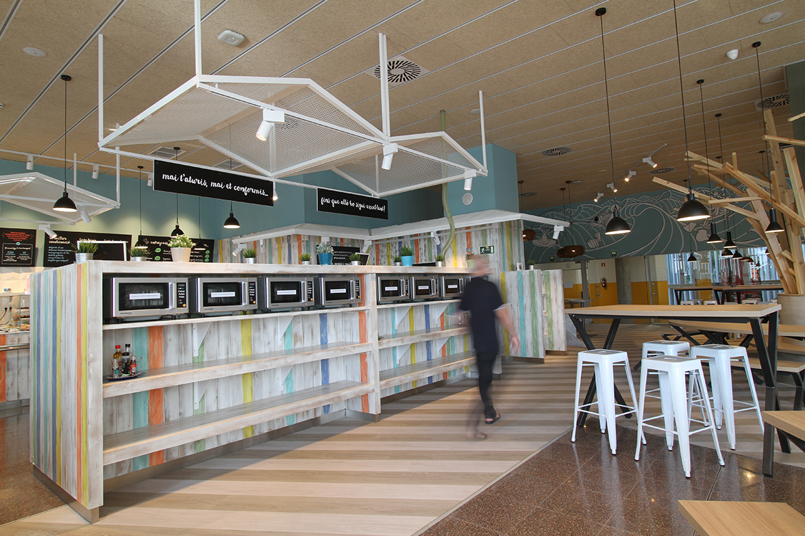 ouieah_dins_campus_restaurant_12