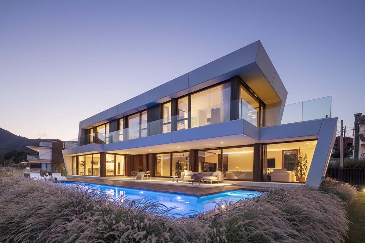ON-A Architects proyecta Panoramic House, una vivienda única con el paisaje como protagonista